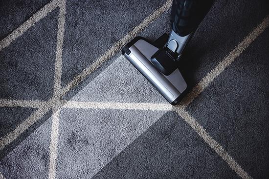 Teppichboden reinigen – so klappt es!